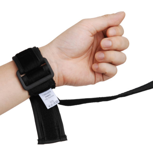 It can be used by one-size-fits-all from a short woman's wrist to a big man's ankle.