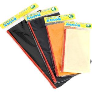 CDケースやカイロ、乾燥剤など日常でも良く目にする不織布で作られています。通気性と耐久性に優れています。