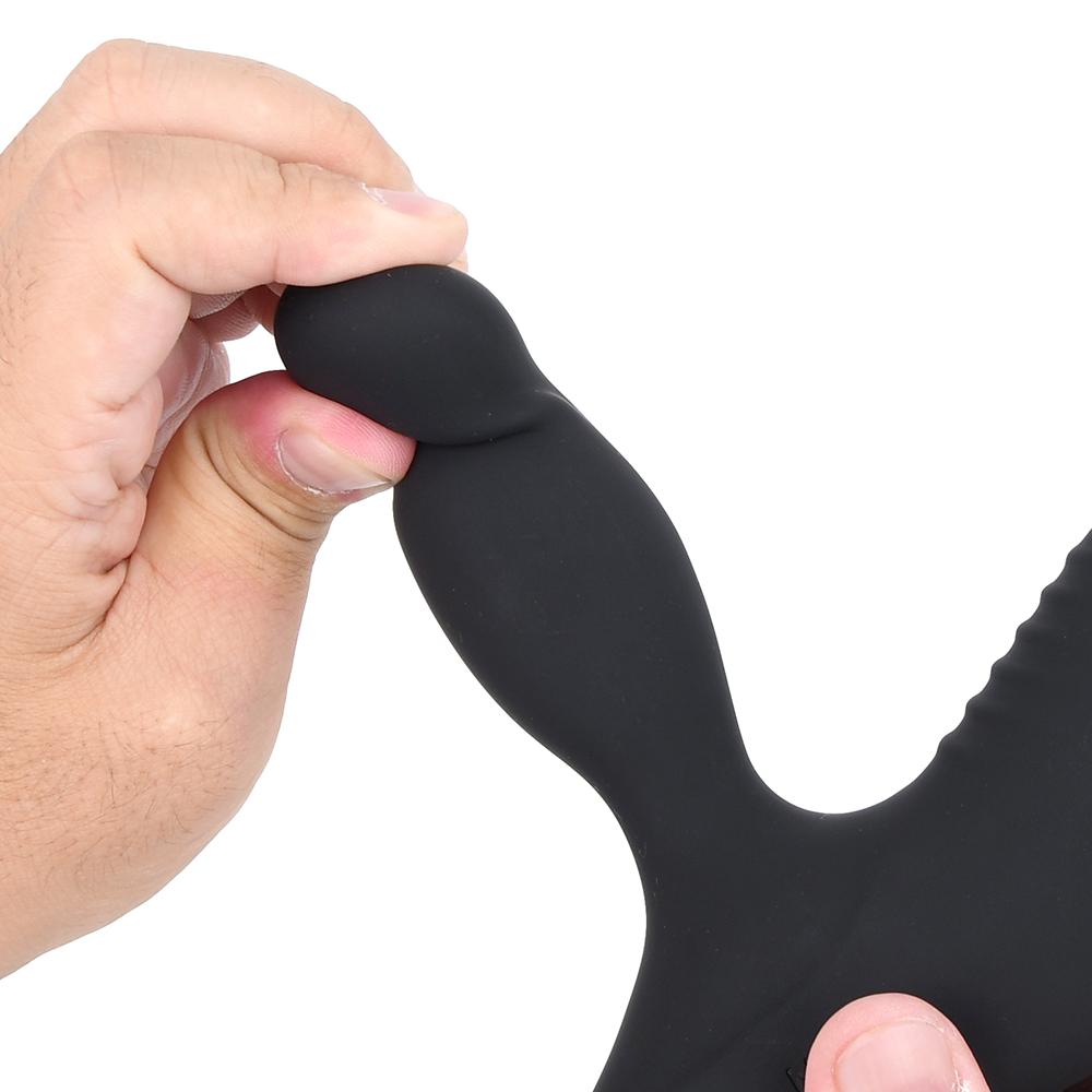 前立腺を力強く圧迫するヘッド。適度なハリと弾力は痛みを与えず、心地よい快感だけを生み出します。