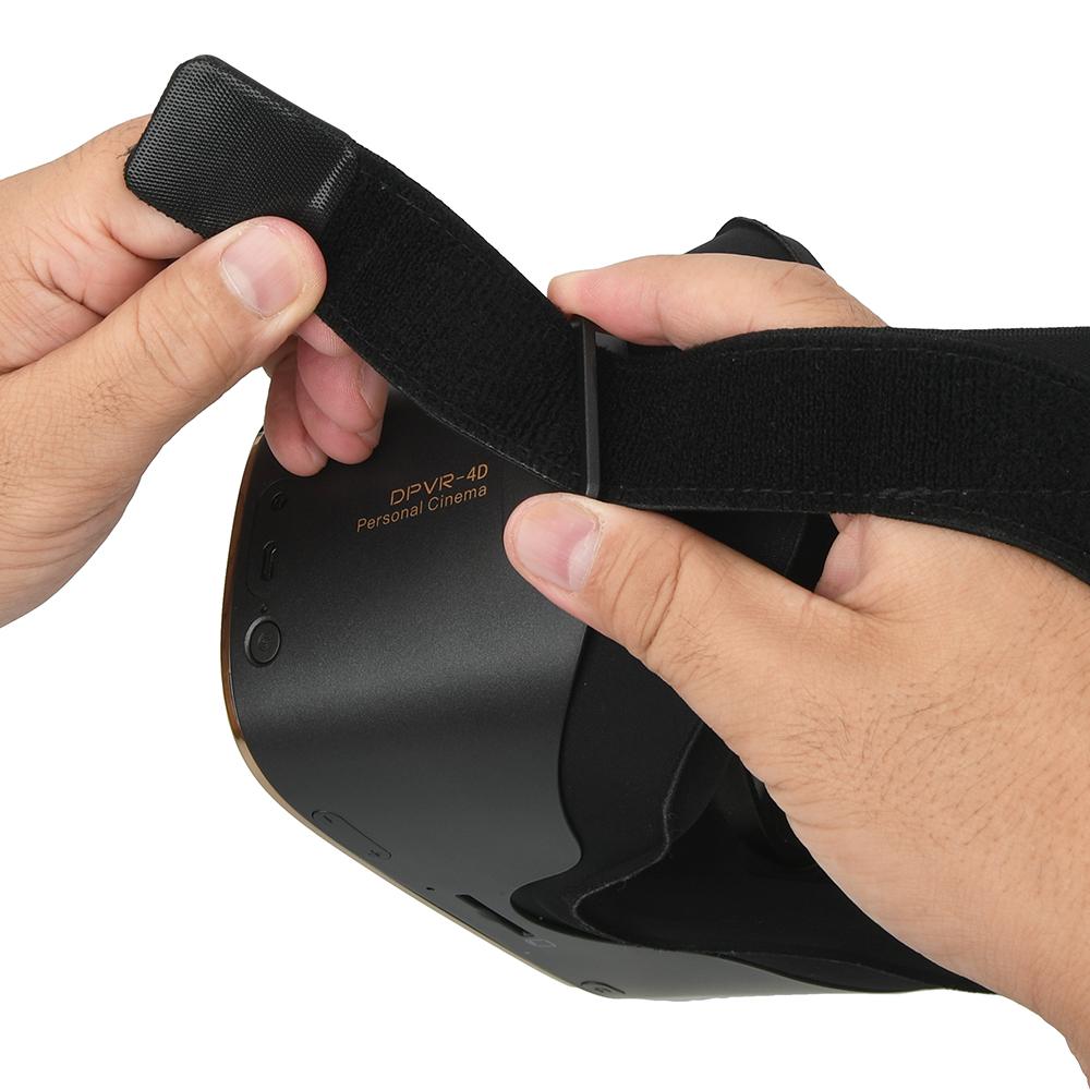 バンドを取り付ける際は、本体の3カ所にベルトを通して、マジックテープで長さを調節するだけと簡単。